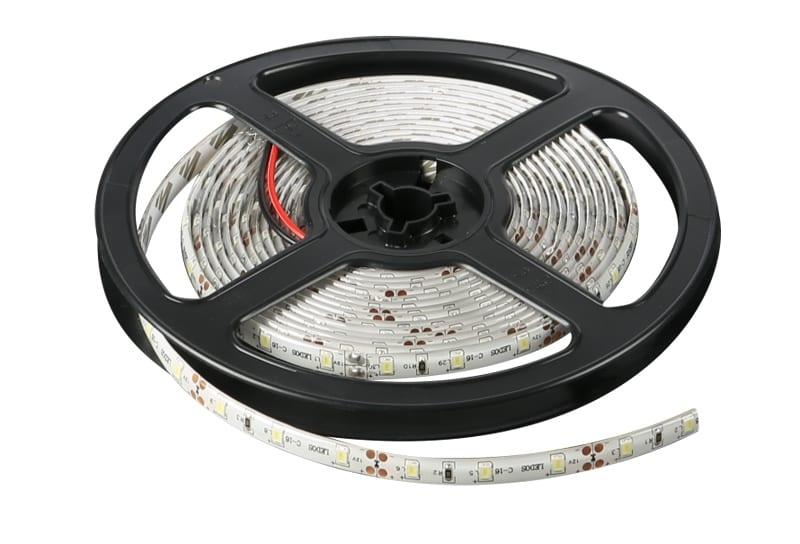 LED лента 4.8W/m, 5м, 12V DC, Водоустойчива IP65, 60 LEDs/m, 120°, SMD 2835